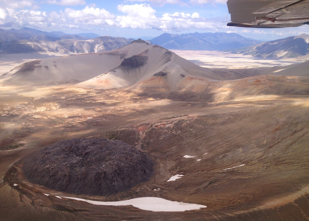 Valley of Ten Thousand Smokes and Novarupta Flightseeing